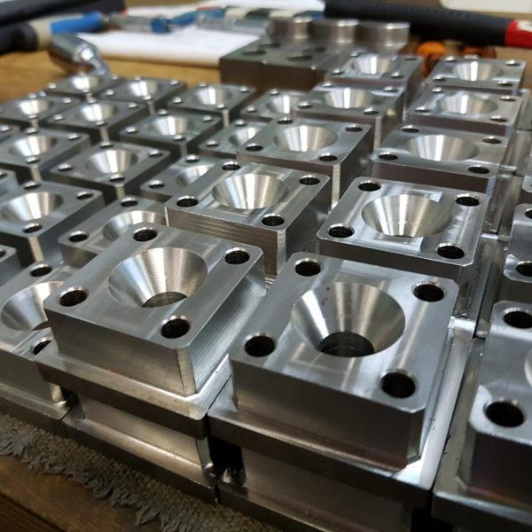Azienda lavorazione metalli